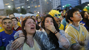 140709042615_brazil_fans_crying_304x171_ap_nocredit