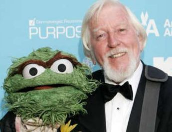 Falleció Caroll Spinney, intérprete de Big Bird y Óscar the Grouch en Plaza Sésamo